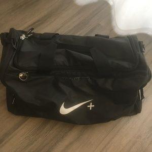 Nike Black Duffel Bag w air strap
